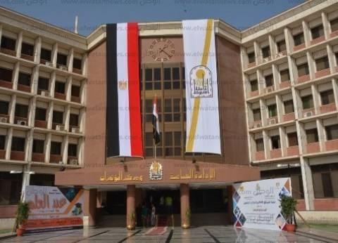 وزير التعليم العالي يتفقد منشآت جامعة أسيوط في عيدها الـ60