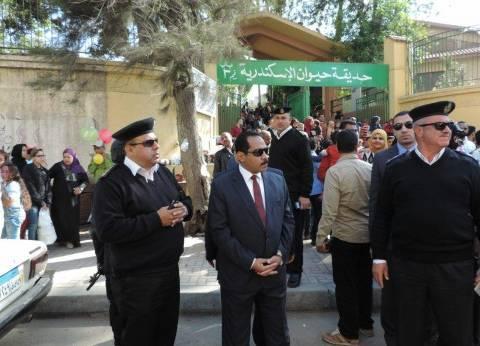 مدير أمن الإسكندرية يتفقد المتنزهات العامة باحتفالات شم النسيم