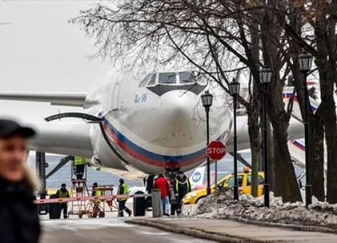 60 دبلوماسيا روسيا طردتهم واشنطن يصلون إلى موسكو