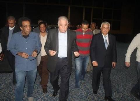 """فودة يتفقد مسرح قاعة المؤتمرات بشرم الشيخ استعدادا لحفلة """"الكينج"""" الجمعة"""