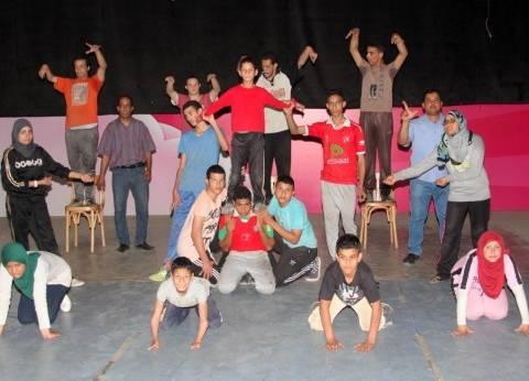 """افتتاح عرض""""ورد وشوك"""" على المسرح العائم بالمنيل الخميس"""