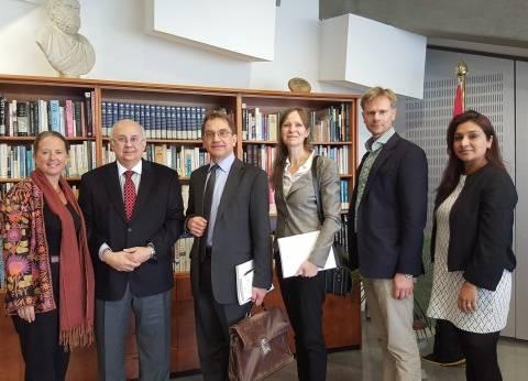 وفد سويدي يلتقي مدير مكتبة الإسكندرية للتعرف على جهودها في مكافحة الإرهاب