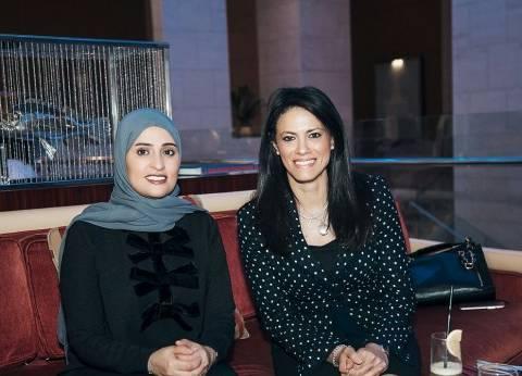 وزيرة السياحة تبحث في الإمارات إطلاق تجربة المقصد السياحي السعيد