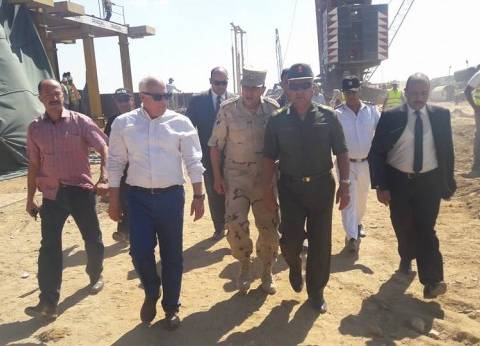 الوزير: الانتهاء من تثبيت 96% من خوازيق الأرصفة بميناء شرق بورسعيد