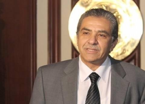 وزير البيئة السابق: أعود لعملي بمعهد التخطيط وياسمين فؤاد تلميذتي وسأنصحها