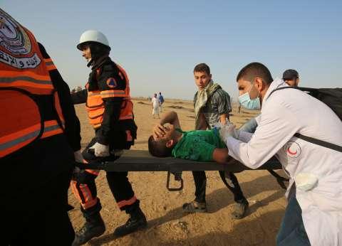 """إصابة 32 فلسطينيا برصاص قوات الاحتلال شرق قطاع غزة في """"مسيرة العودة"""""""