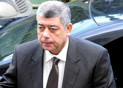 """وزير الداخلية السابق يدلي بصوته في الانتخابات البرلمانية بـ""""مدينة نصر"""""""