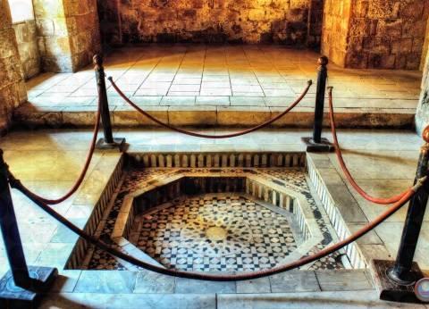 """""""الآثار"""" تبدأ في ترميم قصر الأمير طاز وبيت السادات بمليوني جنيه"""