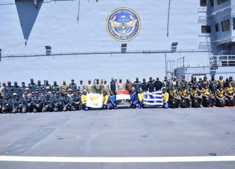 وزير الدفاع ونظيريهاليوناني والقبرصي يشهدون التدريب quotميدوزا -8quot