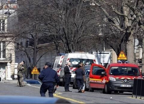 """الشرطة الفرنسية: مهاجم """"الشانزليزيه"""" استهدف شرطة تأمين المترو"""