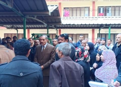 محافظ أسيوط يصل موقع حريق حضانة جمعية الشابات المسلمات