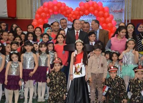 محافظ دمياط في احتفال يوم اليتيم: السيسي ضحى بنفسه لتحقيق الأمن