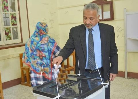 نائب رئيس الأزهر يدلي بصوته في الاستفتاء: عبور لمستقبل أفضل