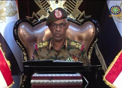 المجلس العسكري الانتقالي في السودان يصدر حركة ترقيات في الجيش