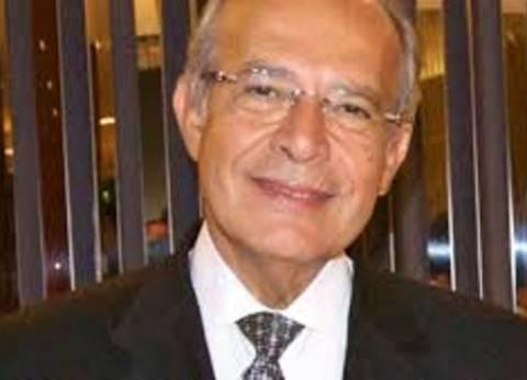 وزير التنمية المحلية يكرّم 3 من قيادات جنوب سيناء