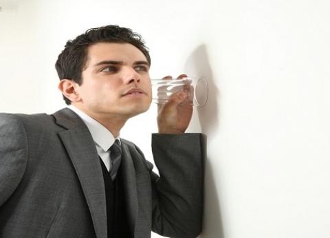 """طبيب نفسي: """"الموظف العصفورة سيكوباتي وعنده اضطراب في الشخصية"""""""