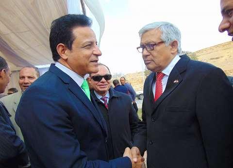 سفير باراجواي يعزي الشعب المصري في حادث حريق محطة مصر