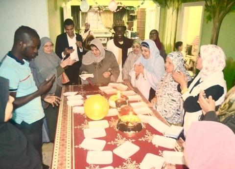 """جاليات أفارقة يحتفلون بالأمهات المسنات: """"أقل واجب تجاه نساء مصر"""""""