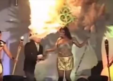 بالفيديو| لحظة اشتعال النار في رأس مشاركة بمسابقة ملكة جمال السلفادور