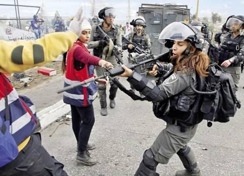 الاحتلال الإسرائيلي يوزع منشورات تهديد بحق أهالي بلدة الخضر
