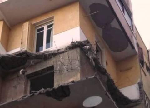 بالصور| مصرع مسن إثر انهيار شرفة عقار وسط الإسكندرية