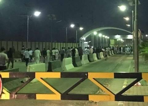 عاجل| متظاهرون يقتحمون مطار النجف جنوب بغداد