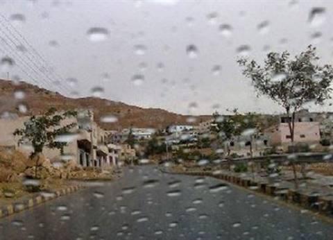 أمطار خفيفة على الغردقة.. واستعدادات تحسبا لسقوط سيول