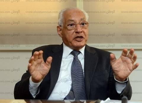 على الدين هلال: حل أزمة الأحزاب لن يكون «فى يوم وليلة».. والدولة يمكنها خلق نظام انتخابى يمنح أفضلية للقوى السياسية