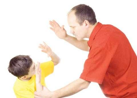 دراسة بريطانية: العنف مع الأطفال يعرضهم لتدهور حالتهم الصحية في المستقبل