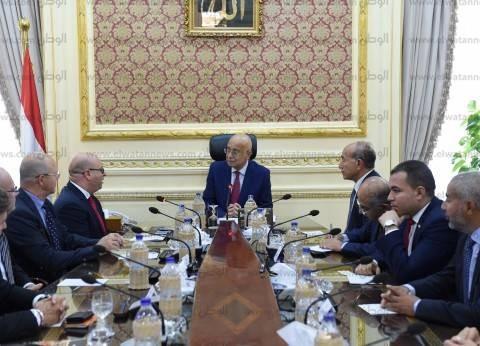 رئيس الوزراء: عقد جلسة مع طارق عامر لحسم أسماء رؤساء البنوك