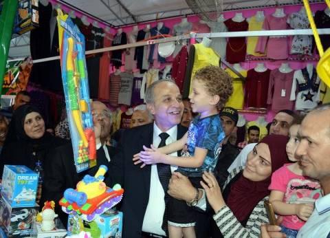"""محافظ القليوبية يفتتح معرض """"أهلا بالعيد"""" بحي غرب شبرا الخيمة"""
