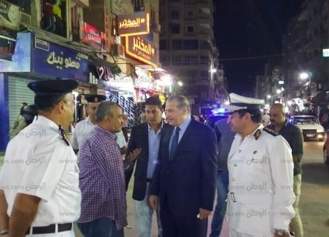 مدير أمن السويس يقود حملة لإزالة الإشغالات بشارع أحمد عرابي