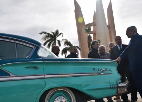 محافظ أسوان يدعو الأفواج السياحية لزيارة المتحف المفتوح لسيارة عبد الناصر
