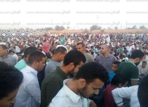 بالصور| الآلاف من أهالي بني سويف يؤدون صلاة عيد الفطر بـ126 ساحة