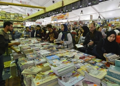 جنة معرض القاهرة تشعل حرب «سور الأزبكية» وهيئة الكتاب