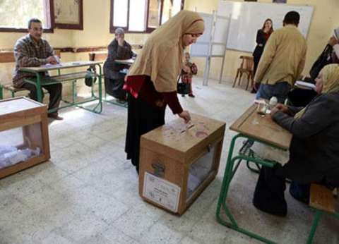 في محضر رسمي.. مرشحان يتهمان آخر بتوزيع الأموال على الناخبين