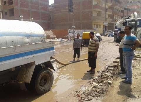 محافظ الغربية يوجه رئيس حي ثان المحلة بشفط مياه الصرف بشوارع المدينة