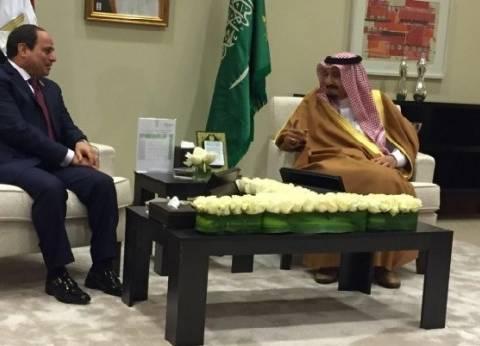 الملك سلمان في اتصال هاتفي بـ السيسي: نقف مع مصر وشعبها