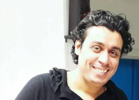 """محسن رزق يواصل بروفات """"أليس في بلاد العجائب"""" على مسرح البالون"""