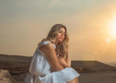 منة فضالي ومحمد رمضان ينعيان ضحايا حريق محطة مصر