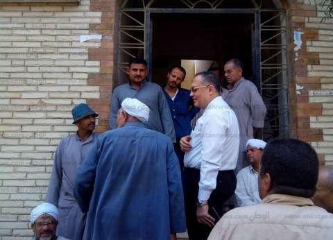 بالصور| مدير التأمين الصحي بالشرقية يتفقد عيادة الحسينية لمتابعة سير العمل