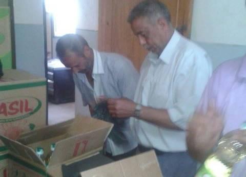 توزيع 600 زجاجة زيت مجانا على المواطنين الأكثر احتياجا بالروضة في دمياط