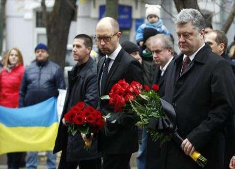 بالصور| الرئيس الأوكراني يتقدم وقفة تضامنية مع فرنسا ضد الإرهاب في كييف