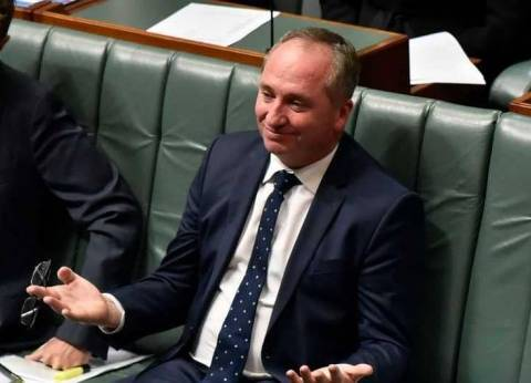 """نائب رئيس وزراء أستراليا يستقيل بسبب مزاعم حول """"تحرش جنسي"""""""
