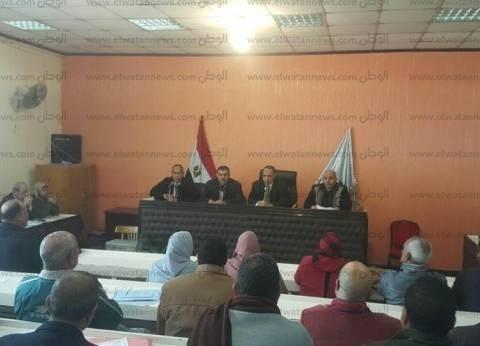 بالصور| رئيس مدينة دسوق يشدد على متابعة فصول محو الأمية