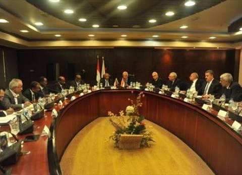 وزيرا النقل المصري والسوداني يبحثان التعاون بين البلدين