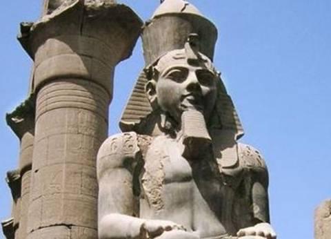 العناني: الانتهاء من ترميم تمثال رمسيس بمعبد الأقصر خلال أسابيع