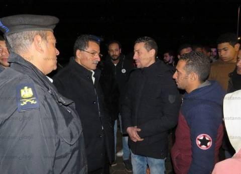 مدير أمن الإسماعيلية يتفقد الشوارع ويجري حوارا مع المارة عن عيد الشرطة