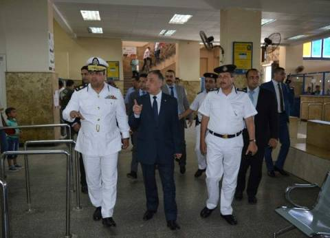 بالصور| مدير أمن الإسكندرية يتفقد وحدة مرور محرم بك