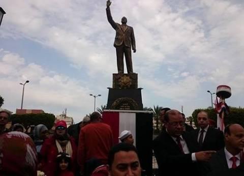 إزاحة الستار عن تمثال جمال عبد الناصر في بورسعيد بحضور المفتي ووزير الأوقاف